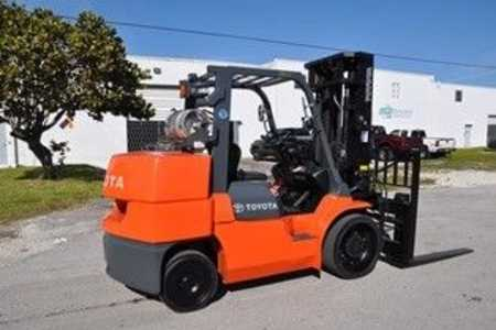 Worldwide Forklifts Inc.